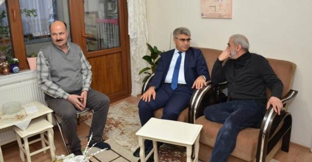 Vali Gürel, Şehit Umut Aytekin'in ailesini ziyaret etti