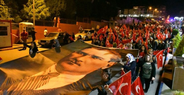 Karabük'te 'Fener Alayı' Yürüyüşü