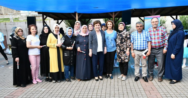 Atatürk Mahallesi SYM Kursiyerlerine Sertifikaları Verildi