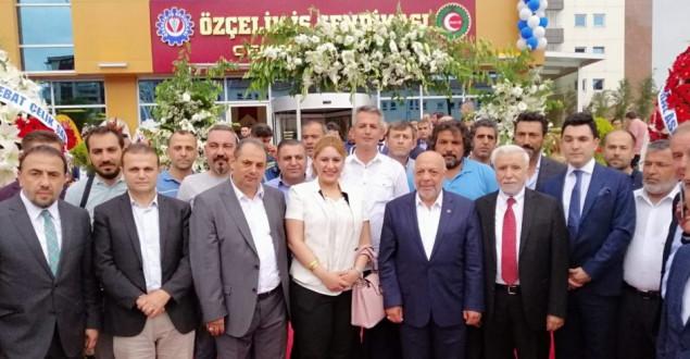 Özçelik-İş Sendikası Yeni Genel Merkezine Kavuştu
