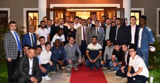 Vali Gürel, Öğrenci Toplulukları Temsilcileri İle Bir Araya Geldi