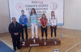 Karabüklü güreşçi Türkiye 3.sü oldu