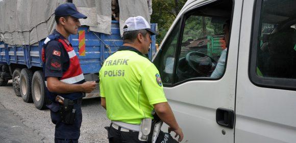 Polisi ve Jandarmadan Asayiş Uygulaması