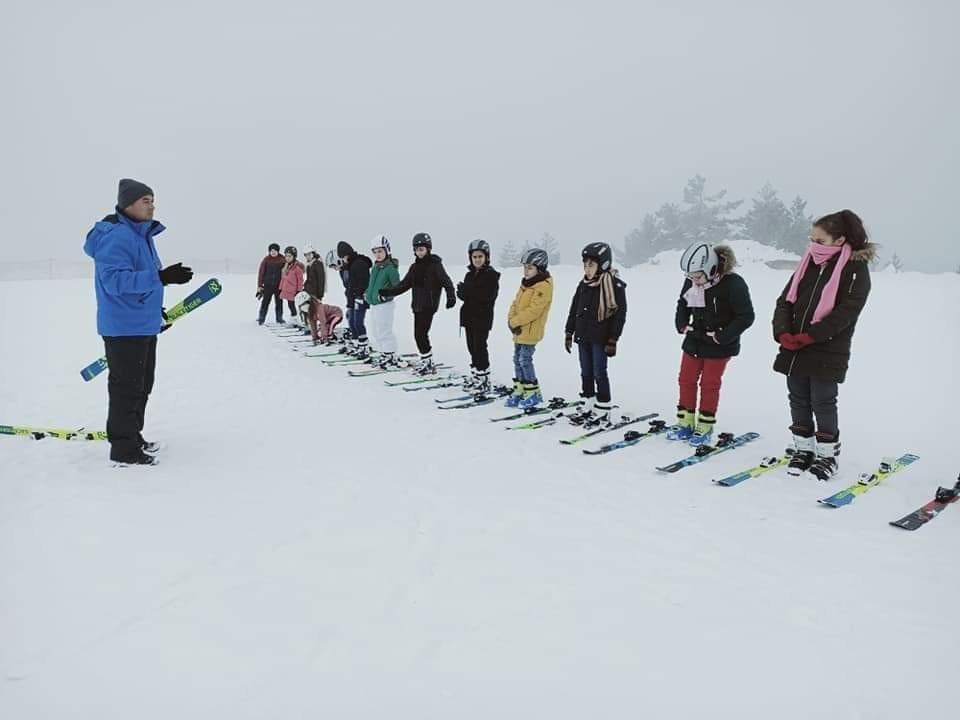 Keltepe Kayak Merkezinde Kayak Eğitimi Başladı